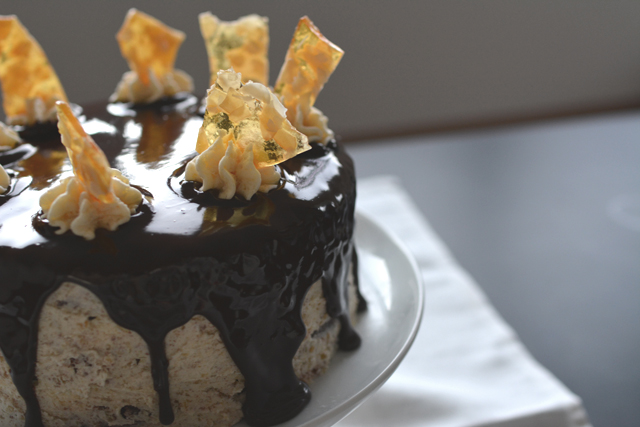 An image of blown out highlights on a ganache as an example of a common beginner food photography mistake. Example by Lauren Short of Food Photography Academy.
